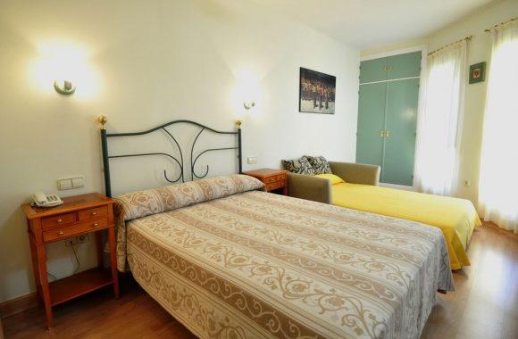 Hotel Apartamentos Aralso Sotillo - Estudio Estándar + Sofá Cama
